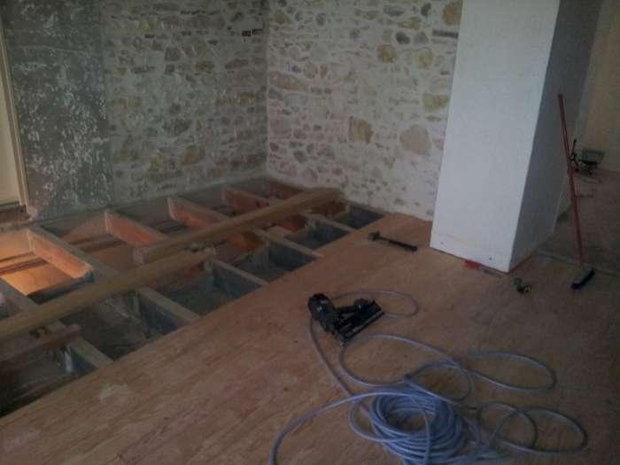 chantier en cour de r 233 alisation r 233 novation maison de ma 238 tre 84400 lautrec plancher bois