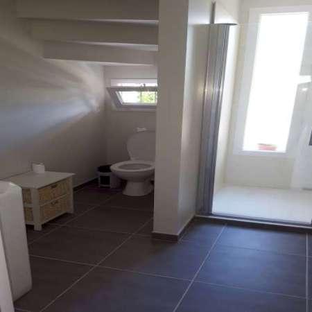 Salle De Bain Sous Escalier 2016 - creation salle de bain sous un escalier - 81120 realmont